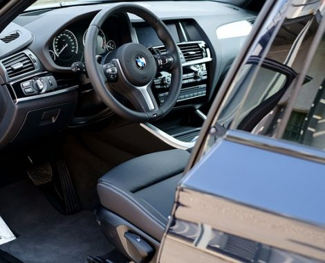 car-2220029_640